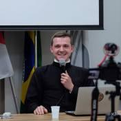 """""""O que é a Liturgia?"""" - Gian Strapazzon"""